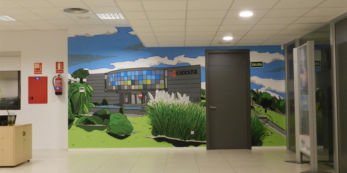Mural de la fachada de Kyocera Madrid en el interior de sus oficinas.
