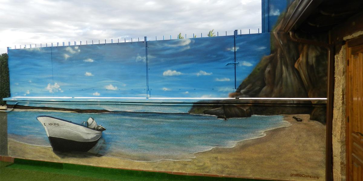 Mural de paisaje de playa con barca en patio