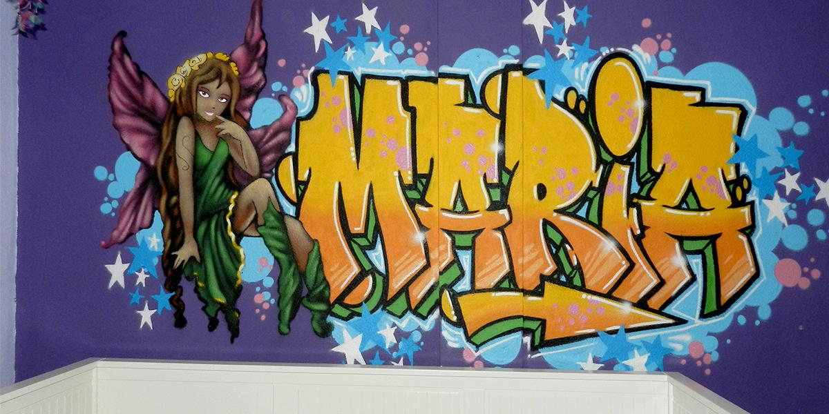 Graffiti profesional en habitación juvenil