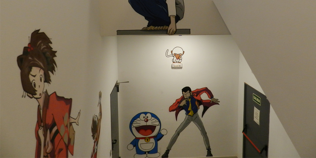 Graffiti mural de Doraemon, Amerio y Lupin en Madrid.