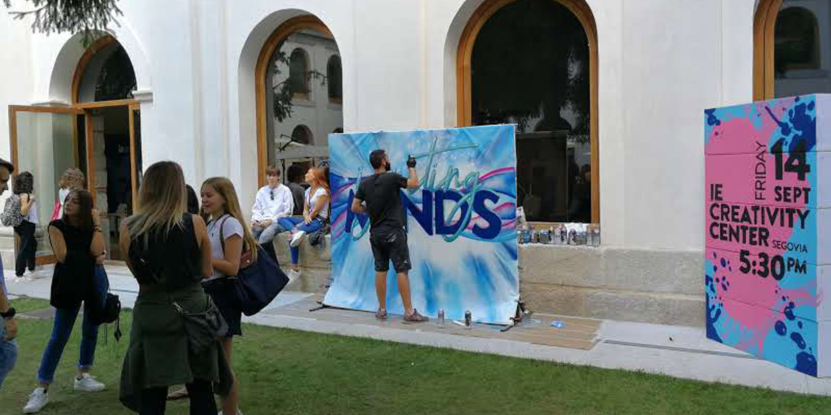 Grafiti en directo en evento en Segovia.