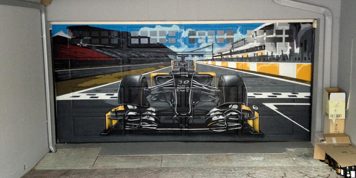Graffiti Profesional en puerta de garaje Madrid