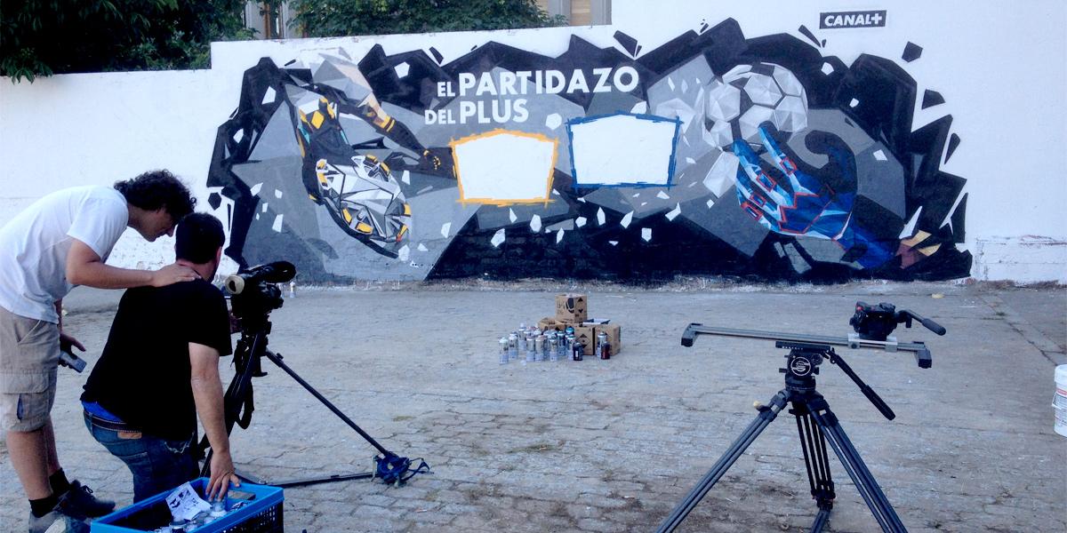 Anuncio de Canal Plus con graffiti