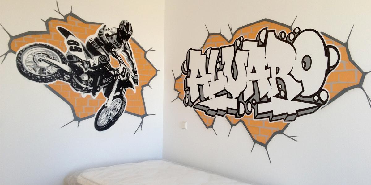 Graffiti profesional en habitación juvenil de Segovia