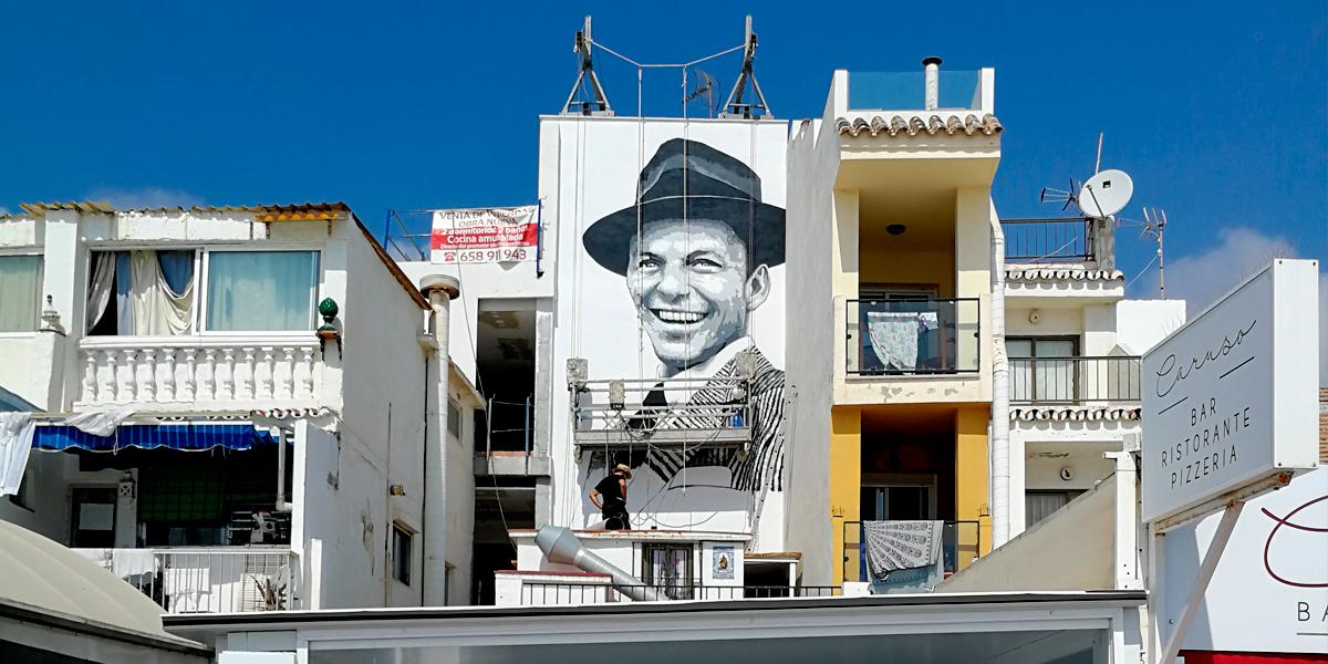 Graffiti mural de Frank Sinatra en Torremolinos